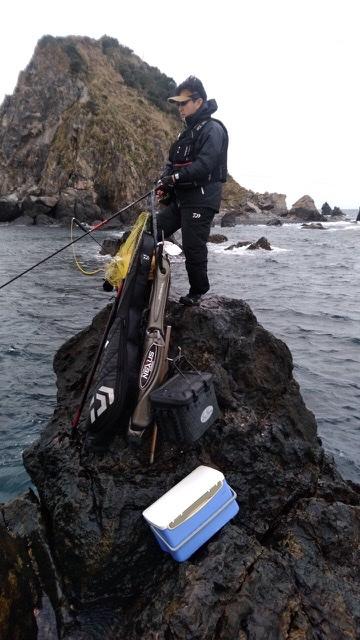 沖の島の三ノ瀬 ノコギリに渡礁